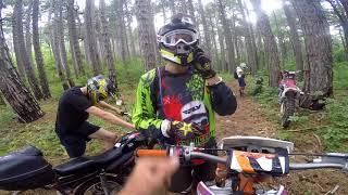 АЛЬФА ПРОТИВ КРОСАЧЕЙ жёсткая покатушка по горам / moped vs cross bikes