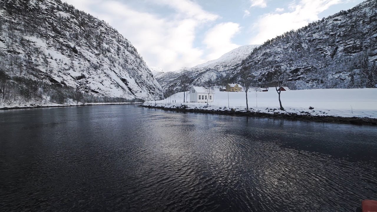 Thumbnail: Fjordcruise Bergen - Mostraumen in winter