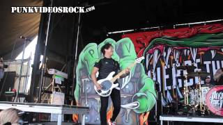 Pierce The Veil - Bulls in the Bronx (Live at Vans Warped Tour 2015)