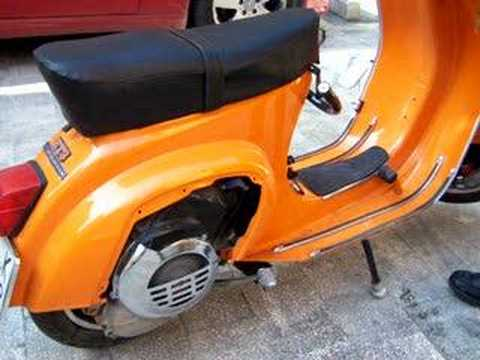 vespa primavera 125 con escape tun youtube. Black Bedroom Furniture Sets. Home Design Ideas