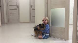 Ребёнок и собачка :)
