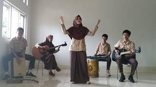musikalisasi puisi SMAN 1 PRAYA