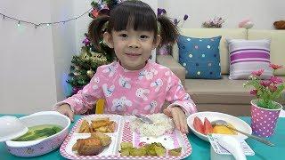 Bé Ăn Tối – Ăn Đủ Chất Mới Lớn Được ! Thật Đấy ❤ AnAn ToysReview TV ❤
