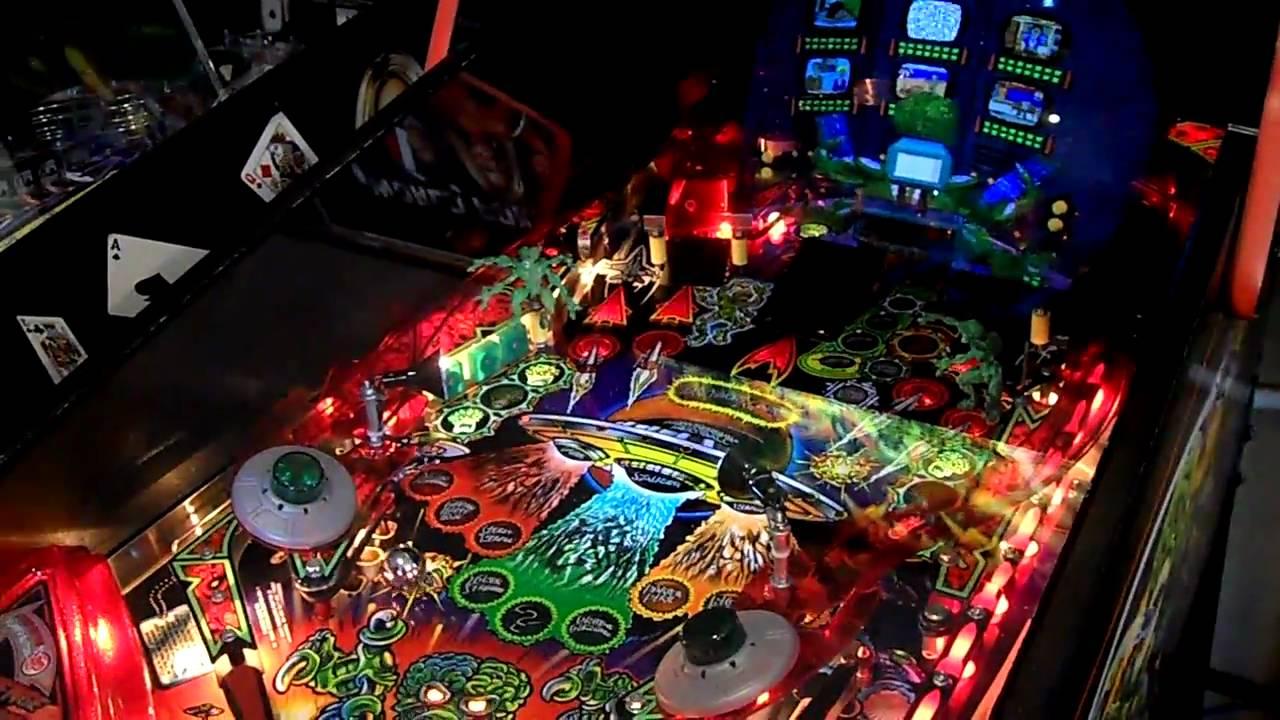 Revenge From Mars Pinball Machine - HQ - YouTube