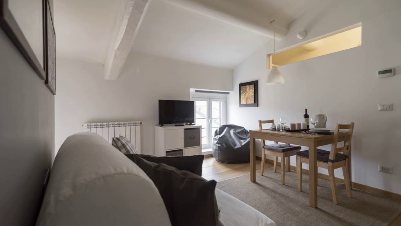 Panfilo Castaldi Apartment - Milano - Italy - YouTube