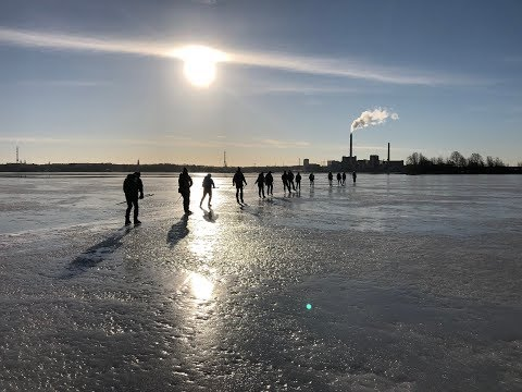 Last skating this winter - a beautiful morning in Helsinki