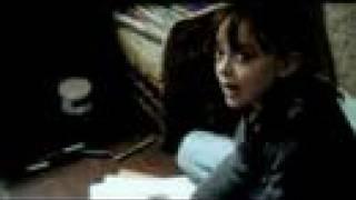 Dakota Fanning  Trouble jeu bande-annonce
