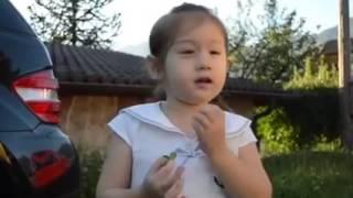 Em bé lai Tây nói tiếng Việt cực kỳ đáng yêu
