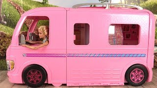 Barbie Camping-Car Transformable Histoires de Poupées Barbie RV Camper Van thumbnail