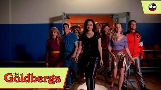 Erica Brings Disco Back - The Goldbergs 4x13