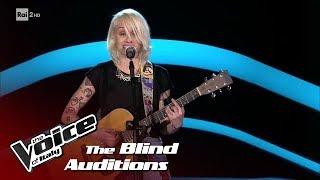 "Alessandra Machella ""Andiamo a comandare"" - Blind Auditions #2 - The Voice of Italy 2018"