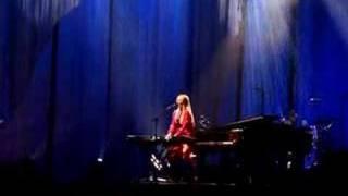 Tori Amos - Albany 07 - Tombigbee