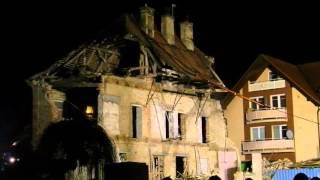 Demolice Štěpánkovy vily (8.3.2016) - komíny jdou k zemi