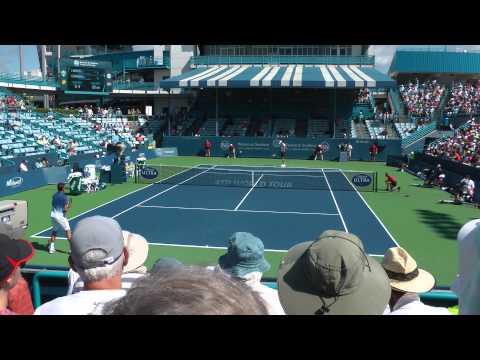 Karlovic vs. Wawrinka, 2015 Western & Southern Open, Cincinnati (1 of 3)