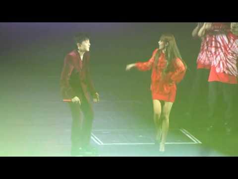 Dara + G-dragon Hello + WHO YOU Motte in Manila