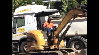 Video4, A&R Wight Excavations,3 Benalla Rd, Oak Valley, QLD, 4816, Australia
