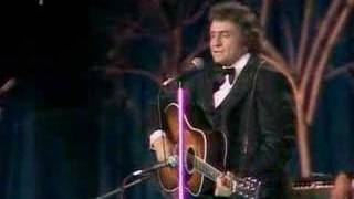 Johnny Cash - I Still Miss Someone