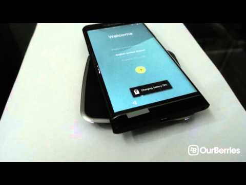 Charging the BlackBerry Priv wirelessly using PMA, AirFuel Alliance and Qi