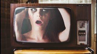 Este Hombre Capto una Señal de TV Que no Debía | Fallos en la Realidad #7
