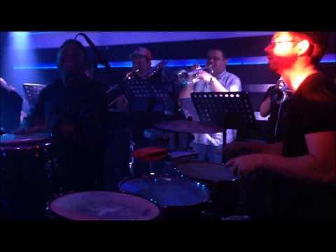 Oscar Arriaga en Lenvill Club Maracaibo -- Maquinolandera