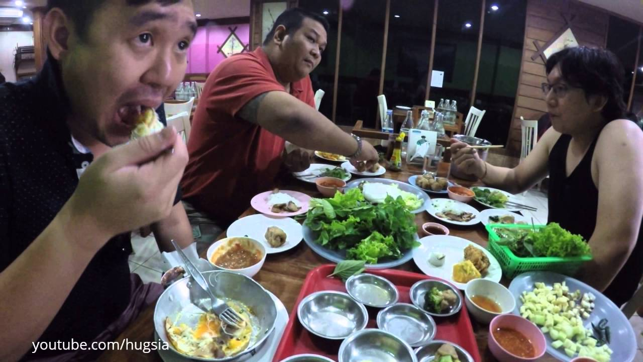 Vietnamese food buffet Thailand แหนมเนืองบุฟเฟ่ขอนแก่น