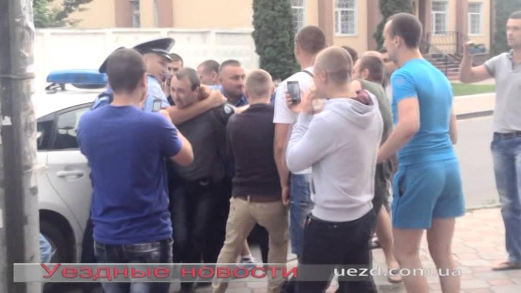 На ДТП в центрі Ніжина викликали підсилиний наряд міліції
