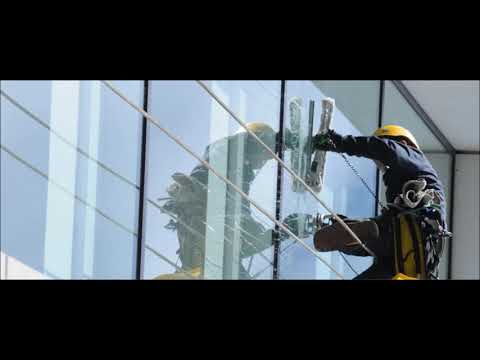 Window Cleaning Services And Cost In Las Vegas NV MGM Household Services 702 530 7597
