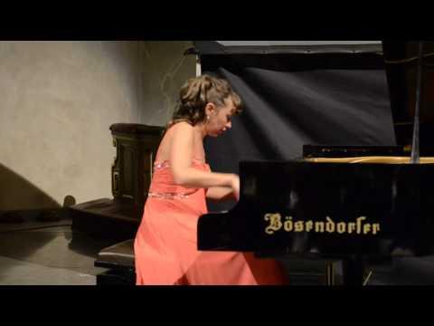 Ivetta Irkha plays Andante Maestoso by Tchaikovsky1080p.m4v