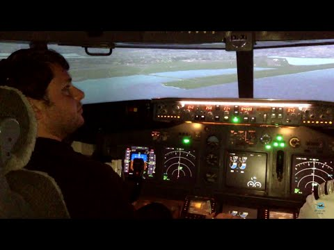 Boeing 737-800 Real Flight Simulator Landing in Honolulu