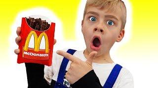 Тамик выбирает вредные сладости в Меджик МакДональдс