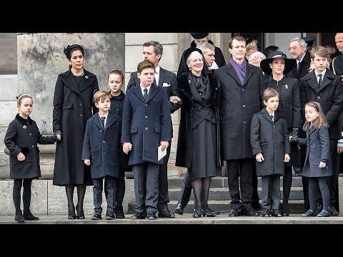 Familiens sidste farvel til deres elskede prins Henrik
