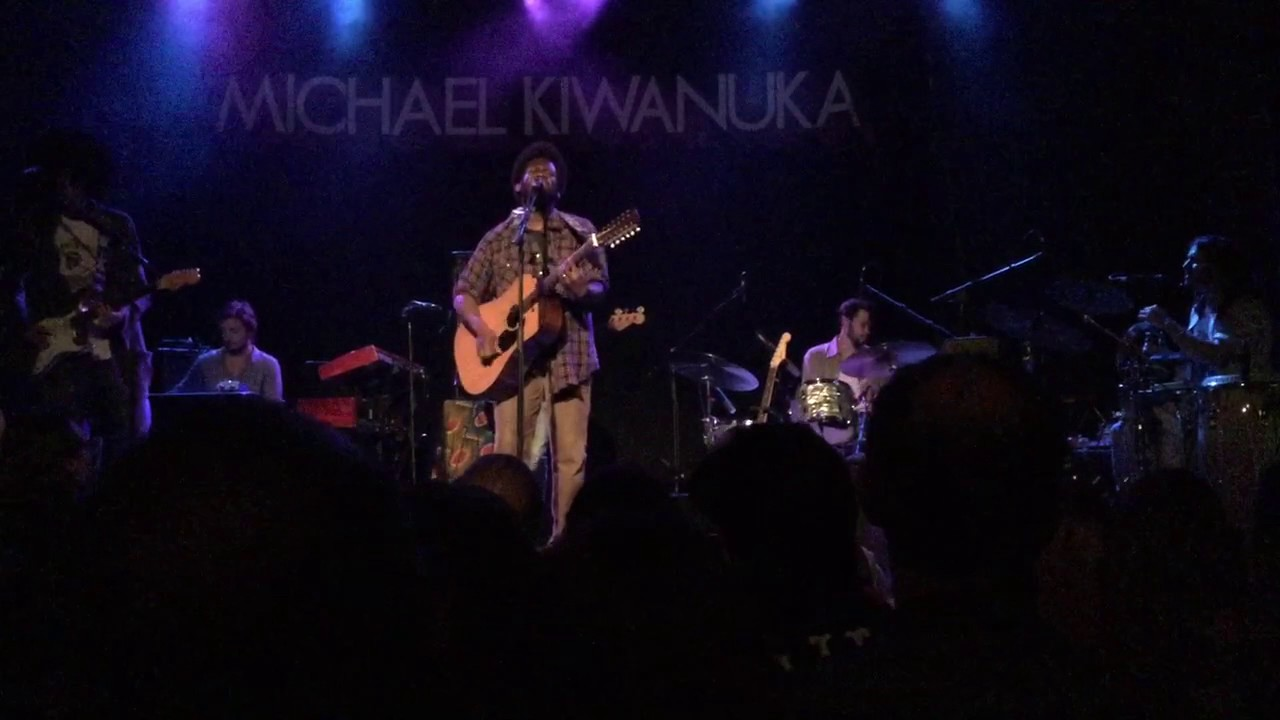 michael-kiwanuka-falling-live-in-toronto-at-the-phoenix-concert-theatre-stacksmaxwell