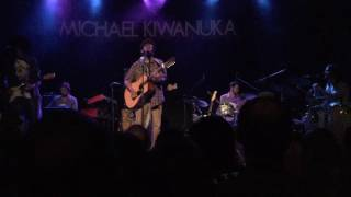 Michael Kiwanuka - Falling (Live in Toronto at The Phoenix Concert Theatre)