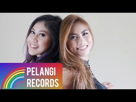 Pop - Dewi Dewi Feat. Mahadewi - Aku Bukan Cabe Cabean (Official Lyric Video)