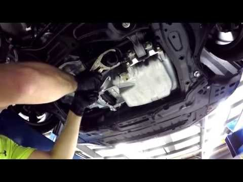 How to change oil on a 9th Gen Honda Civic Si