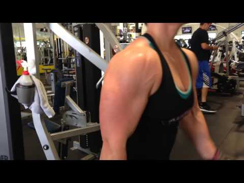 Getting an arm pump at Armbrust pro gym in Denver Colorado