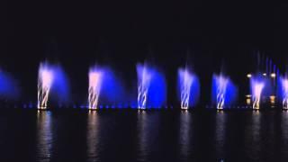 Фонтан у Вінниці(У воді Бугу в Вінниці біля фабрики Roshen роблять найбільший у Європі світломузичний фонтан. Відкриття в серпн..., 2011-08-22T16:18:02.000Z)