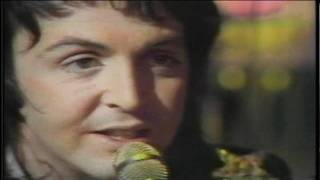 Paul McCartney & Wings - [Medley] Little Woman Love/C Moon [Live] [High Quality]