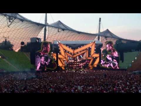 Robbie Williams Live - - Let Me Entertain You // 22.07.2017 München
