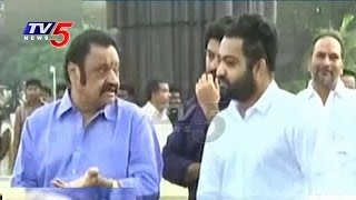 Jr NTR and Hari Krishna Pays Tribute To NTR | 20th Death Anniversary | NTR Ghat | TV5 News
