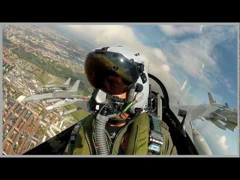 F-16 9-skibs Formationsflyvning