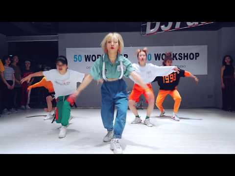 CAN'T SIT WITH US—HONEY COCAINE | Choreography By Ava