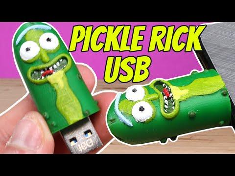 3D Printed Pickle Rick USB