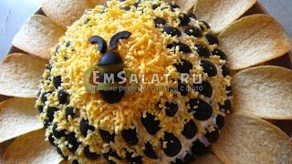 Пошаговый рецепт салата подсолнух с курицей и грибами с чипсами