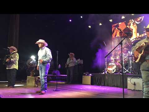 David Lee Garza Performing Mazz Tribute 2018 Tejano Music Convention