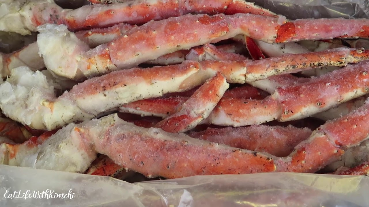 Unboxing A 20 lb Box Of King Crab Legs From Sam's Club
