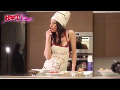Martina Gold Chef Video Backstage di Film Hot