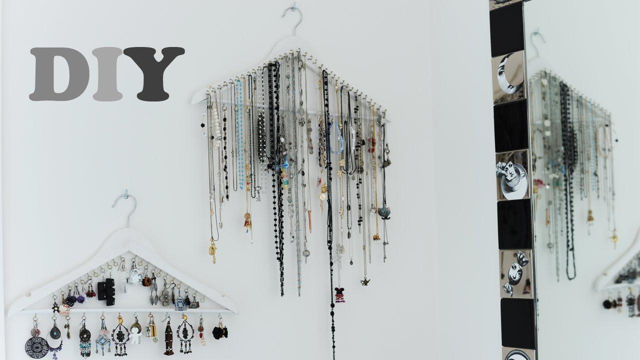 Idee Per Porta Orecchini diy- porta collane, orecchini e bracciali - gruccia portagioie