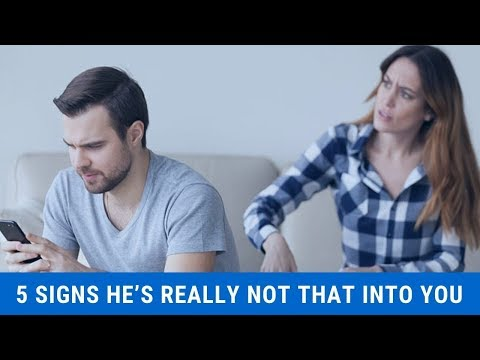 5 Signs He's Really Not That Into You