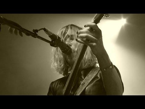 Sleater-Kinney - Entertain -  Live Paris 2015